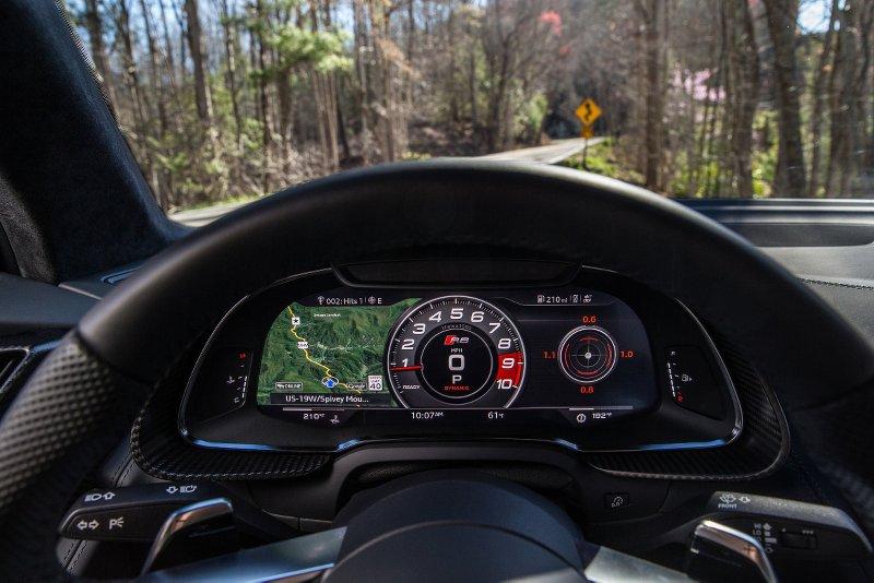 news-2017-audi-r8-v10-virtual-cockpit-17