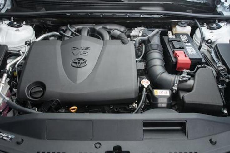 2018_Toyota_Camry_XLE_07_3691F27FD618DAA4DAFBDC4B43CD3E0FBADC0D2B_low