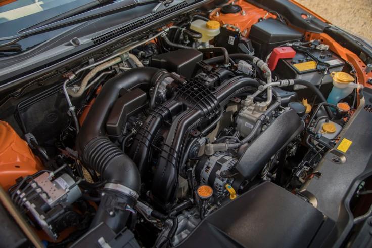18MY_Crosstrek-engine