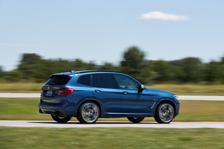 BMW_X3_Performance_Center-006