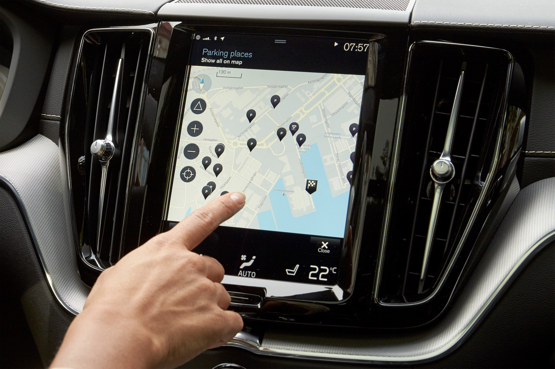 Park and Pay application in the Volvo XC60