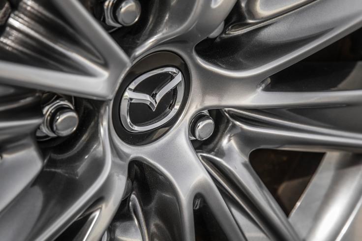 2018_Mazda6-7