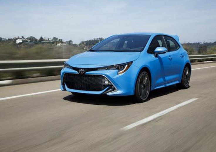 2019_Toyota_Corolla_Hatchback_003_2AA6E4B3409FB3B9FE48B09E67DA23689FACBF39_low