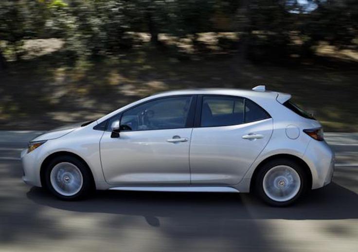 2019_Toyota_Corolla_Hatchback_006_89FA51D77FDEF706918C528A4F285C9958ECC92B_low