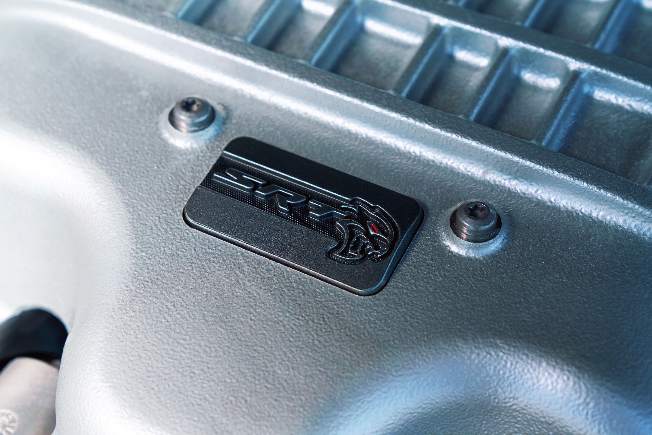 SRT Hellcat Redeye emblem located on the cover of the Supercharged 6.2L HEMI® V-8 engine