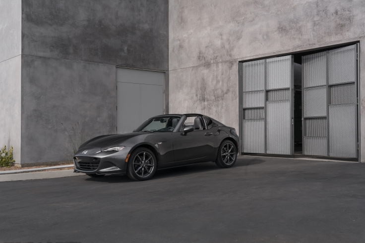 2017-Mazda-MX-5-Miata-RF-9
