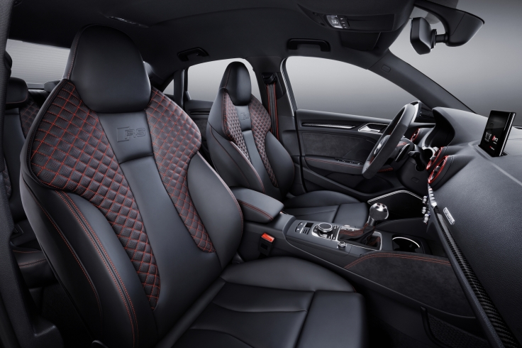medium-2018-audi-rs-3-sedan-2508