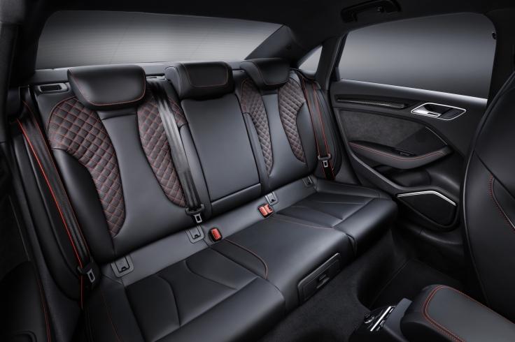 medium-2018-audi-rs-3-sedan-2509