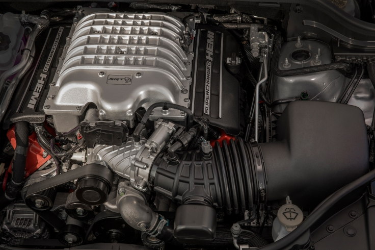 Powering the 2019 Jeep® Grand Cherokee Trackhawk is a supercharged 6.2-liter V-8 engine delivering 707 horsepower and 645 lb.-ft. of torque