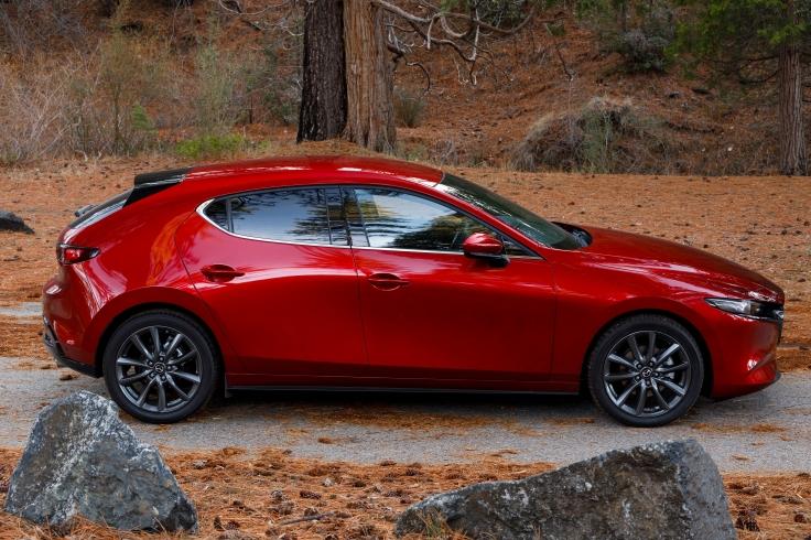 2019-Mazda3-Hatchback_05