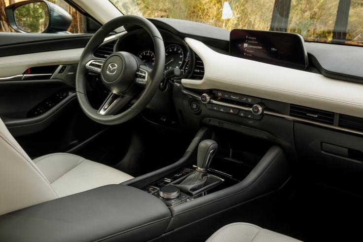 2019-Mazda3-Sedan_44