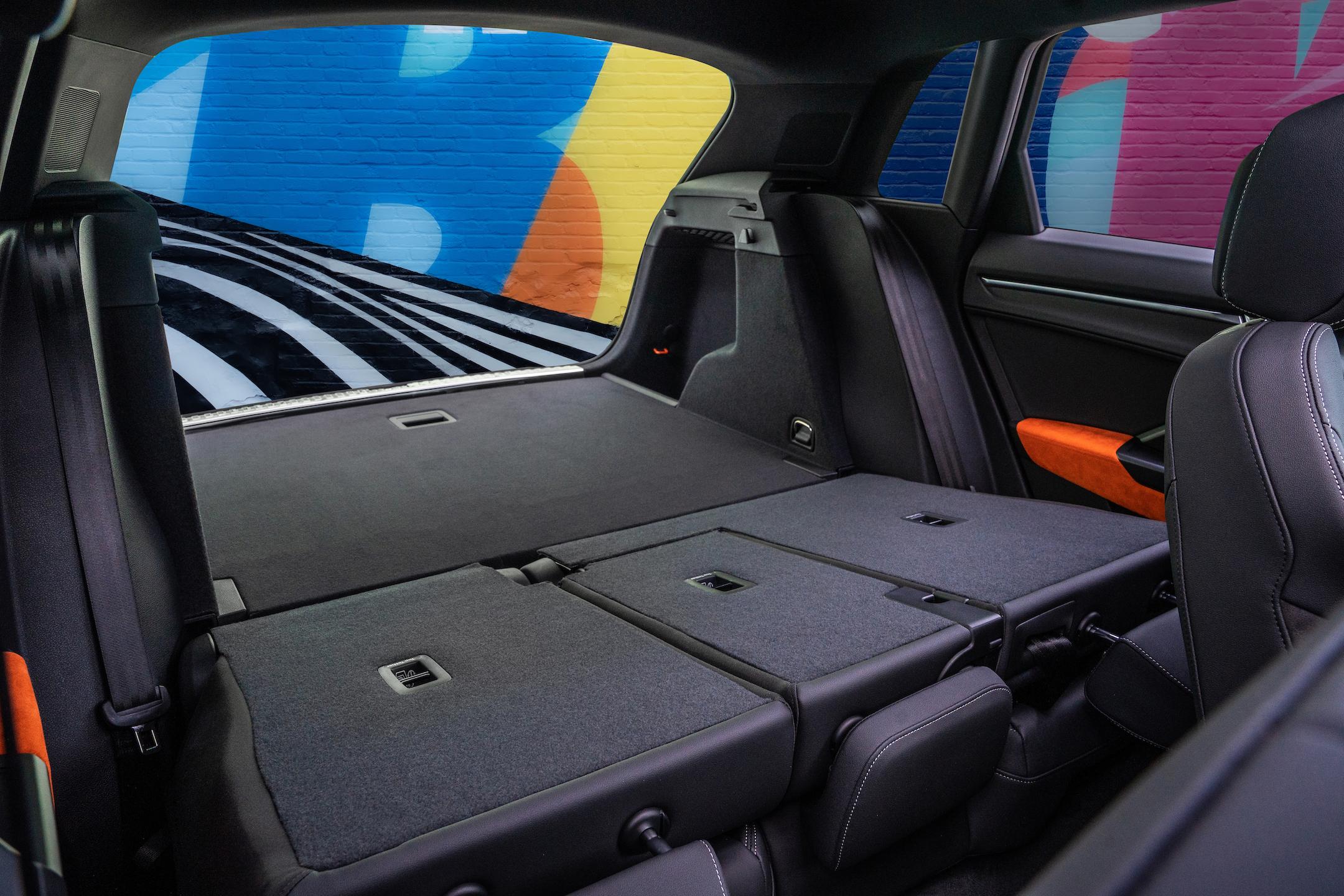 Large-2019-Audi-Q3-6051