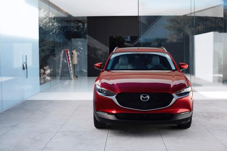 2020-Mazda-CX-30_003
