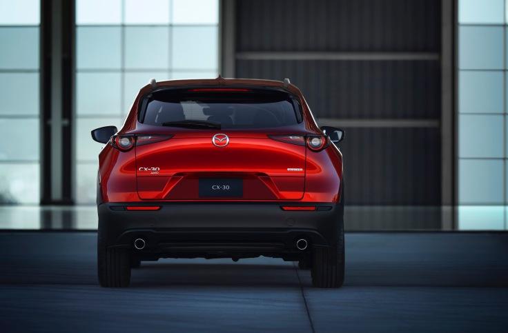 2020-Mazda-CX-30_005