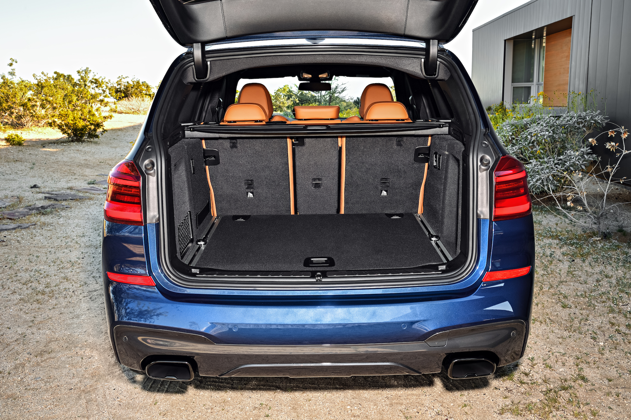 P90263702_highRes_the-new-bmw-x3-xdriv