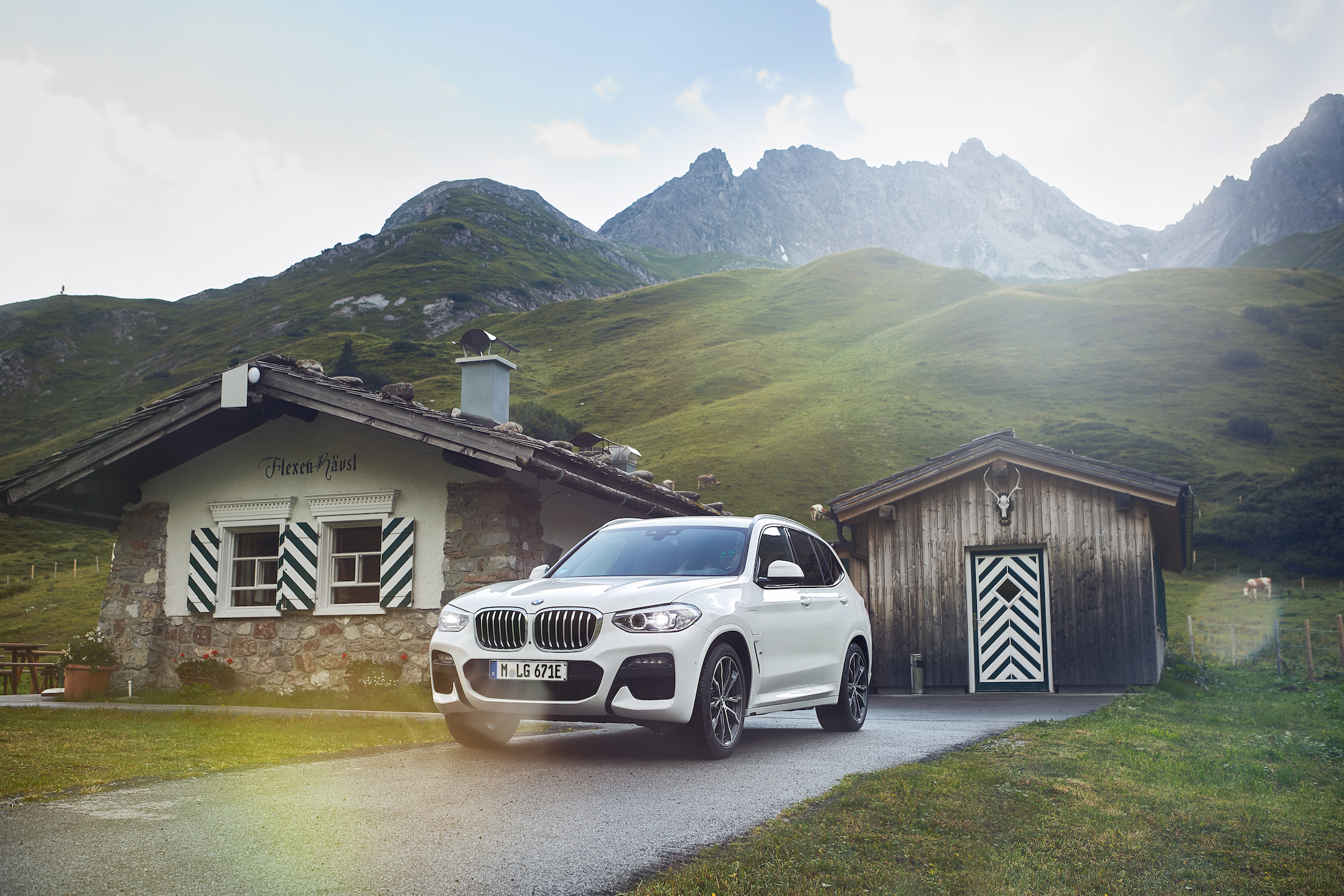 P90374470_highRes_the-new-bmw-x3-xdriv
