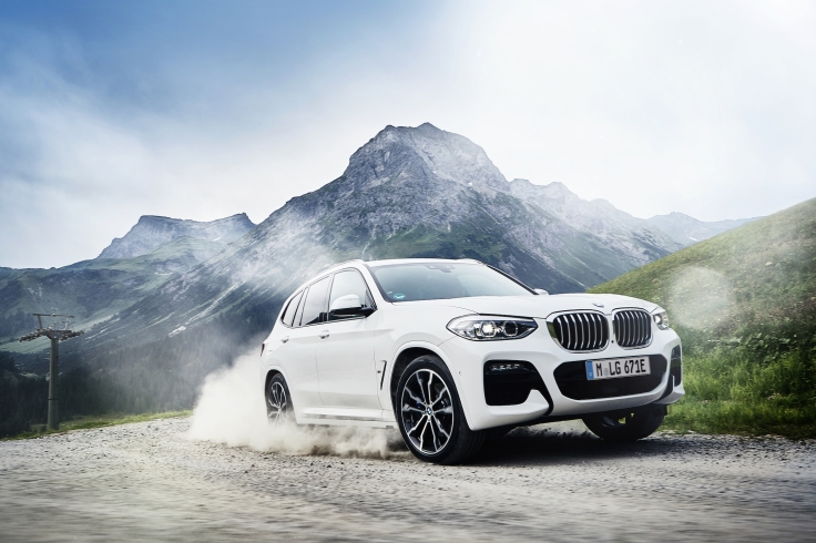 P90374484_highRes_the-new-bmw-x3-xdriv